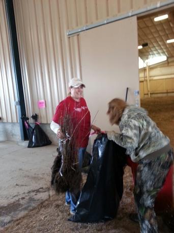 Tracy Balch & Piute Zone Supervisor Cindy Stanton sort trees